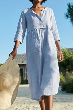 Solid Buttoned V-neck Paneled Pockets Midi Dress - fulday Source by dress casual Midi Dress With Sleeves, The Dress, Mode Outfits, Fashion Outfits, Womens Fashion, Sewing Clothes, Types Of Sleeves, Casual Dresses, Midi Dresses