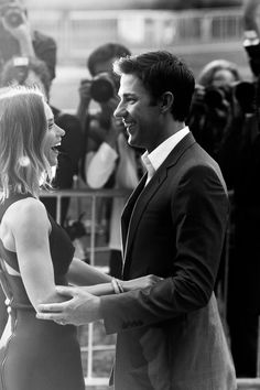 Emily Blunt and John Krasinski are so so beautiful