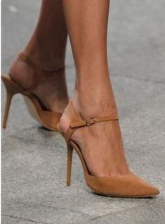 high heels – High Heels Daily Heels, stilettos and women's Shoes Pretty Shoes, Beautiful Shoes, Cute Shoes, Me Too Shoes, Beautiful Things, Beautiful Beautiful, Dream Shoes, Crazy Shoes, Zapatos Shoes