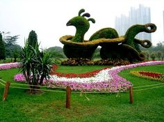 Relax and admire this amazing topiary art.