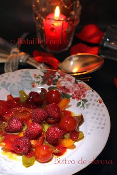 Salade de tomates confites, framboises et cardamone, par Bistro de Jenna