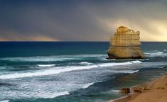 Great Ocean Rd.  One of the most beautiful places I've been!!