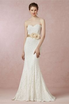 BHLDN Seraphina - 350 New Label Size 2 Street Size 4 nice and def within the budget