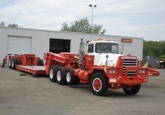 Classic Mack Trucks | Magnificent Mack movers from Mark in Massachusetts! Beautiful Bulldogs ...Hallamore!