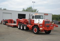 Classic Mack Trucks | Magnificent Mack movers from Mark in Massachusetts! Beautiful Bulldogs ...Hallamore!
