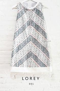 Lorey 001 IDR 855.000 Pastel-Colored Batik Parang (Cap Kombinasi Tulis) with Drop Necklace Pearl Embellishment Trapezoid Dress Length of Dress : approx. 90 cm Material Used : Batik Parang (Cap Kombinasi Tulis) / Pearl Embellishment Standard Zipper Length (50-55cm) at the back
