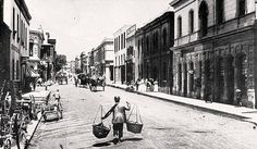 Plein Street, 1870 Cape Town is Awesome! Old Pictures, Old Photos, Vintage Photos, Cities In Africa, Cape Colony, Cape Town South Africa, Most Beautiful Cities, African History, Live