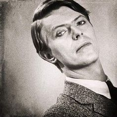 Photo of David Bowie for fans of David Bowie 38700414 David Bowie, Elephant Man, Best Music Artists, Tv Show Music, Goblin King, Ziggy Stardust, David Jones, The New Yorker, Hermione