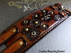 Leather Bracelet, Double buckle Men's Wristband, Leather Cuff, Brown Handtooled Bracelet