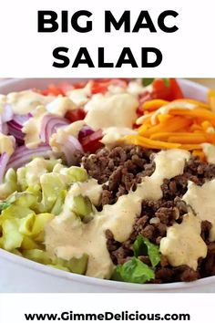 Big Mac Salad (Low Carb, Keto) Cheeseburger salad loaded with ground beef, lettuce, tomato, onion and a special big mac sauce that tastes just like the big mac from McDonald's without the added carbs and fats! Hamburger Salad Recipe, Cheeseburger Salad Recipe, Beef Salad, Salad Chicken, Low Carb Keto, Low Carb Recipes, Healthy Recipes, Healthy Meals, Keto Fat