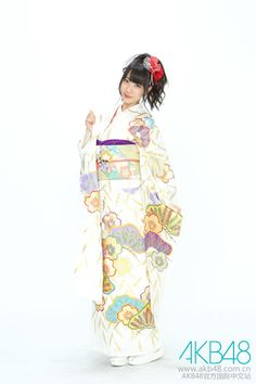 An older photo of Yuki in kimono : )