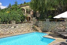 Vakantiehuis 'Villa met omheind privézwembad in de Ardeche' Rhone, Villa, Outdoor Decor, Home Decor, Alps, Homemade Home Decor, Fork, Decoration Home, Villas
