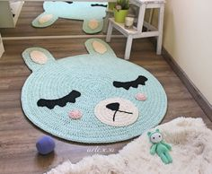 Image of Alfombra infantil conejito y koala*Children rug rabbit and koala Crochet Mat, Crochet Carpet, Crochet Home, Love Crochet, Crochet Designs, Crochet Patterns, Knit Rug, Sewing Projects For Kids, Rugs On Carpet