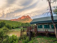 12 glorious tented camps across South Africa Camping Aesthetic, Travel Aesthetic, African Mythology, Camping Outfits, Camping Clothing, Romantic Breaks, Yellowstone Camping, New Travel, Jurassic Park