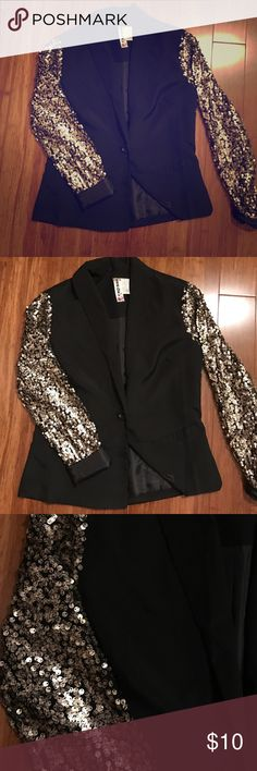 Crazy fun sequin blazer ✨ Gold sequin arms with a plan classy body--super fun statement blazer! I Couple missing sequins pictured above but not obvious! Mimi Chica Jackets & Coats Blazers