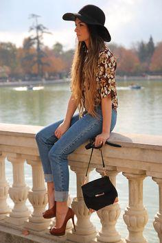 Monica Cordera Blouse, Alexander Wang Bag, Christian Louboutin Shoes, Brown Floppy Hat, Skinny Jeans.