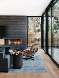 Best Ideas Fireplace Decorating Ideas - Best Home Ideas and Inspiration modern fireplace, black shiplap fireplace in modern living room 45 Best Modern Touch for Your Interior Home Decor Modern House Design, Modern Interior Design, Home Design, Modern Decor, Contemporary Interior, Modern Furniture, Furniture Layout, Modern Room, Furniture Design