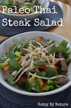 Thai Style Steak Salad - Gutsy By Nature/ For Gluten-Free/Nightshade Free leave out fish sauce and red pepper flakes. Healthy Recipes, Real Food Recipes, Dishes Recipes, Thai Steak Salad, Thai Salads, Clean Eating, Healthy Eating, Dinner Entrees, Asian