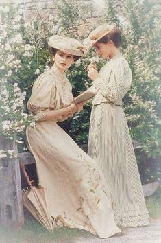 Victorian ladies                                                                                                                                                      More #victorianera