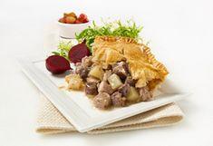 Rcette de tourtière du Lac Saint-Jean. Lac Saint Jean, Mets, C'est Bon, Waffles, Cheese, Saq, Cooking, Breakfast, Ethnic Recipes