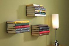 Étagère à livres invisible