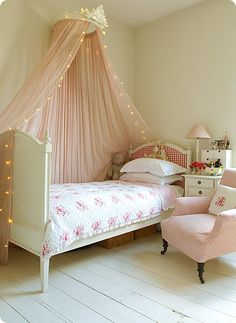 Pretty pink girl's bedroom.