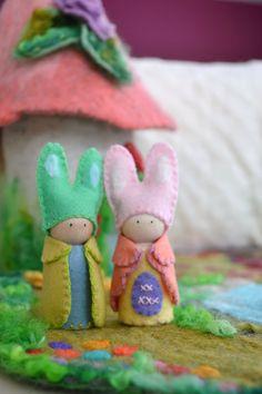 Easter Bunny Family Peg Doll Waldorf Peg Gnomes by LasManitos