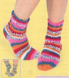 Knit Dorm Socks   Free Patterns   Yarn
