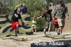 Urban Daisies: Army Birthday Party - awesome!! I love the basic training obstacle course