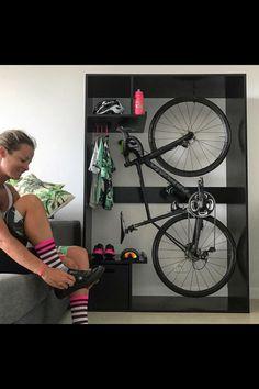 Kayak Storage Ceiling Cool indoor bike rack and storage - Road Bike - Ideas of Road Bike Indoor Bike Rack, Indoor Bike Storage, Bicycle Storage, Bicycle Rack, Pimp Your Bike, Range Velo, Bike Hanger, Garage Bike, Diy Garage