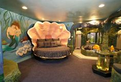 This would have been my room when I was 5 if it could have been.  I would have really been Ariel then!