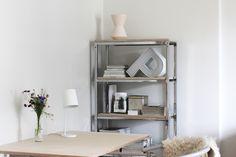 RAW Desig blog : diy plywood table & shelf