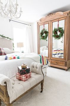 Simple Christmas Bedroom Decor/antique armoire - So Much Better With Age Teenage Girl Bedroom Decor, Christmas Bedroom, Bedroom Vintage, French Country Decorating, Eclectic Decor, Bedroom Furniture, Interior Design, Simple Christmas, Elegant Christmas