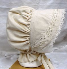Prairie Bonnet for women. Old fashioned muslin and cluny lace.