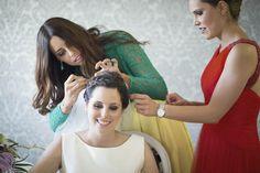 SANDRA + IVÁN >> Recogido griego de novia, Eva Pellejero; vestido de Rosa Clará; fotógrafo Rubén Fuertes