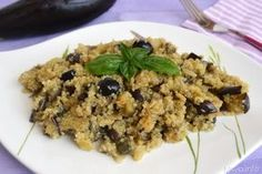 Insalata di quinoa e melanzane