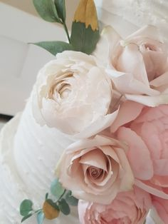 Sugar peonies and roses - The Snowdrop Cakery