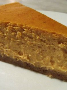 WOW this Skinny Mom, Skinny Pumpkin Cheesecake goes so fast at my parties that I have learned to make double batches! It's low calorie and low fat but tastes so delicious my family never notices that it's healthy! Repin save for a family gathering.