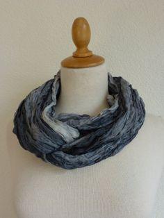 geplisseerde zijden cirkelsjaal, sjaalketting van zijde, silk infinity circle scarf