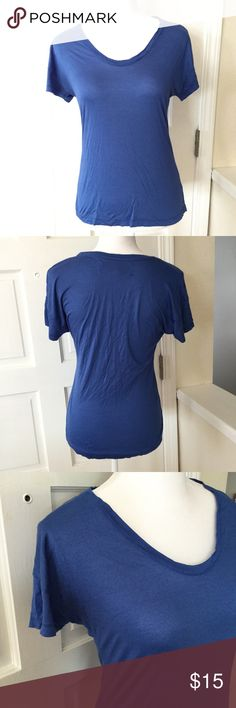 """Zara Collection blue tee L A classic staple for every wardrobe!  🐾 Zara Collection 🐾 Solid blue 🐾 Shallow v-neck 🐾 Soft material 🐾 Material and wash tag cut off 🐾 Bust: 16"""" approx. 🐾 Length: 21"""" approx. 🐾 Sleeve: 3"""" approx. 🐾 Excellent condition  🐾 Bundle discount 🐾 No trades 🐾 Smoke free, pet friendly home Zara Tops Tees - Short Sleeve"""