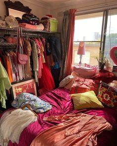 Pretty Bedroom, Dream Bedroom, Bedroom Inspo, Bedroom Decor, Bedroom Inspiration, Cabana, Artist Bedroom, Student Room, Uni Room
