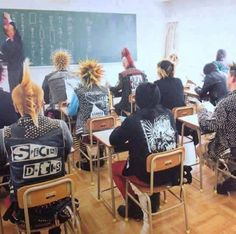 """This is pinned to """"Nostalgia"""" because it looks like me and my friends when I was a teen.although I didn't go to high school (homeschooled+graduated+started college early), so I never got this awesome of a classroom experience :P Pop Punk, Black Veil Brides, Style Punk Rock, Punk Mode, Arte Punk, Crust Punk, Punks Not Dead, Riot Grrrl, Emo Goth"""