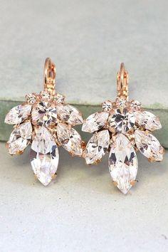 Bridal Earrings,Bridal drop earrings,Crystal drop earrings,Swarovski crystal drop earrings,Rose gold earrings,Bridal Diamond droplets Swarovski Crystal