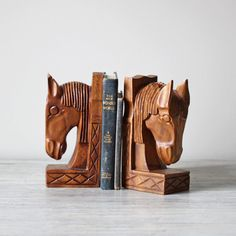 vintage horse bookends --one can never have too many book ends.
