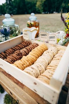 outdoor wedding cookies bar ideas / / http://www.deerpearlflowers.com/wedding-smore-cookies-milk-bar-ideas/
