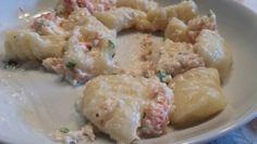 Gnocchi di patate fatti in casa con sugo al granchio