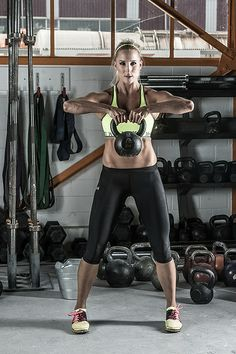 Sanna Lüdi - Under Armour Skicross Athlete Crossfit, Under Armour, Portrait Inspiration, Workout, Outfit, Athlete, Strength, Health Fitness, Portraits