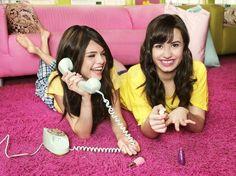 Selena Gomez And Demi Lovato BFFS