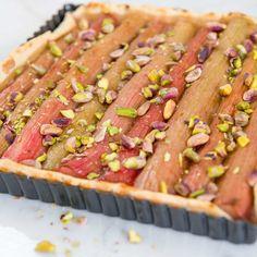 rabarbertaart met pistachenootjes | Njamelicious for Dille & Kamille