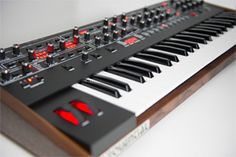 SEQUENTIAL PROPHET-6 - By Dave Smith Instruments